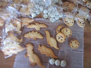 恐竜のクッキー